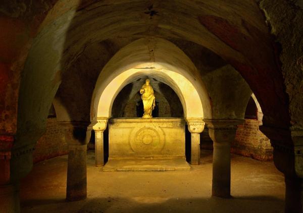 11 - San Zaccaria . La crypte