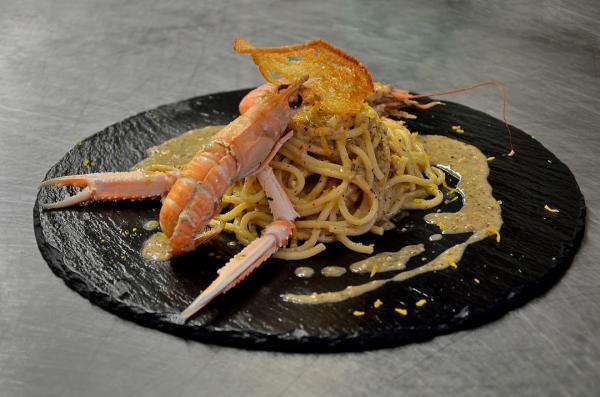 134 - Capri - Au restaurant