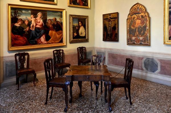 22 - Le palais Querini Stampalia - Salle de musique - Toiles de Pietro Longhi
