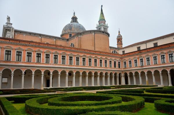 25 - San Giorgio Maggiore . Fondation Cini .