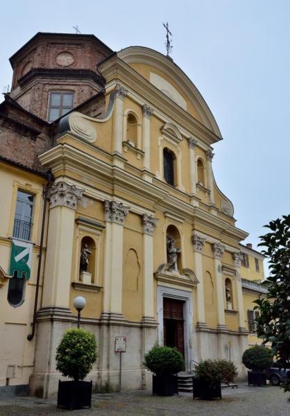 DSC_3306.a - Asti -  Place San Martino - Eglise San Martino