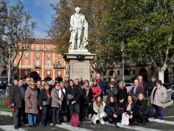DSC_3380.a - Asti - Piazza Alfieri