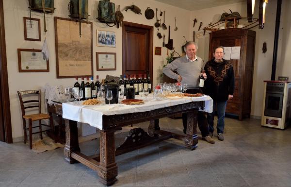 DSC_3441.a.a - Nizza Monferrato - Musée salle de réception - Nos hôtes