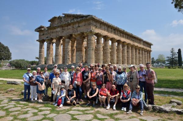 147 paestum devant le second temple d hatena